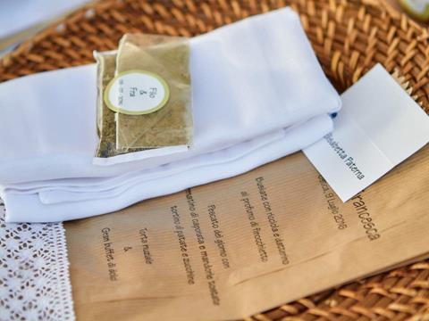 0 Matrimonio ad Ustica - Sofia Gangi - menu 50 50