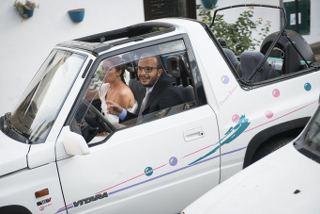 matrimonio a ustica sofia gangi eventi Arrivo in vitara-min_320x214