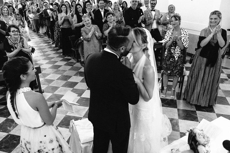 matrimonio a ustica 2019 sofia gangi wedding planner palermo chiesa ustica (6)_800x534-min