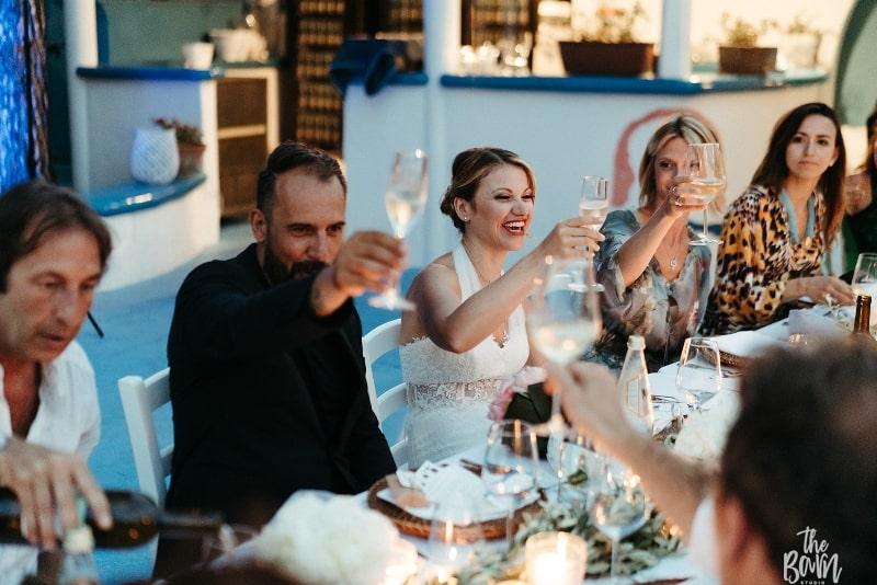matrimonio a ustica 2019 sofia gangi wedding planner palermo ricevimento faraglione (1)_800x534-min